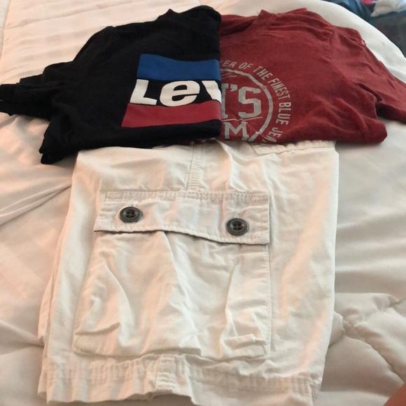 Levi's Other - Boys Levi's bundle .. size 10/M. Shorts 2 t-shirts